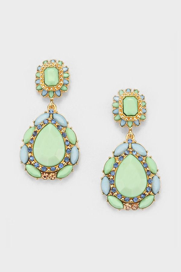 love these statement earrings