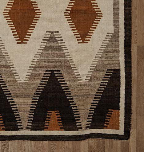 Navajo Rug w/ Rabbit Brush Yellow Crystal Pattern Circa 1930 F8394