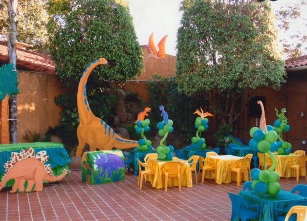Decoraci n fiesta dinosaurio dinosaur decoraci n party - Ideas decoracion fiestas ...
