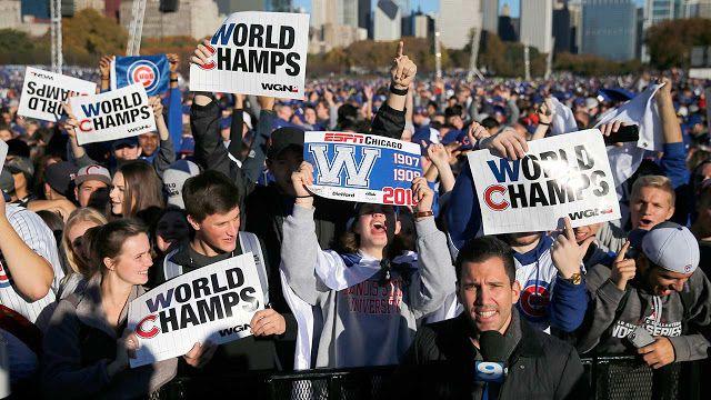#MLB: Se desbordan las calles de Chicago para celebrar el título de los Cachorros