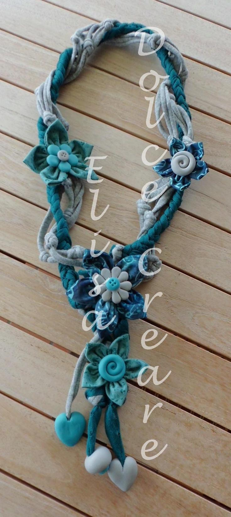 Collana in fettuccia con fiori di stoffa e pietre preziose in pasta di mais collane in - Collane di design ...