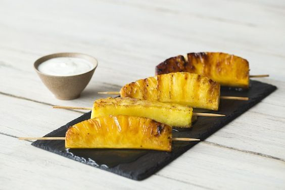 Ananas van de barbecue