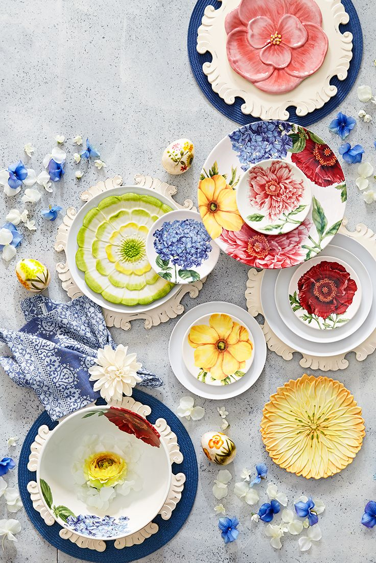 Celebrate the abundant hope and wonder of spring with a tabletop that blossoms with spring colors. Visit your local Pier 1 to see our fresh line of springtime dinnerware, and feel free to mix and match bright colors and patterns until your table is in full bloom.