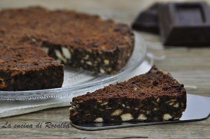 Torta fredda biscotti e cioccolato