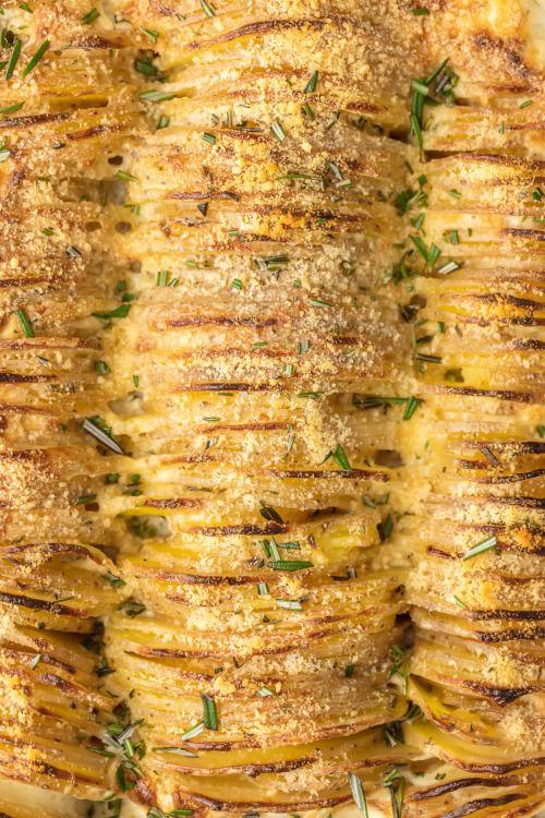 CHEESY GARLIC HERB SCALLOPED POTATOESReally nice recipes. Every  Mein Blog: Alles rund um die Themen Genuss & Geschmack  Kochen Backen Braten Vorspeisen Hauptgerichte und Desserts