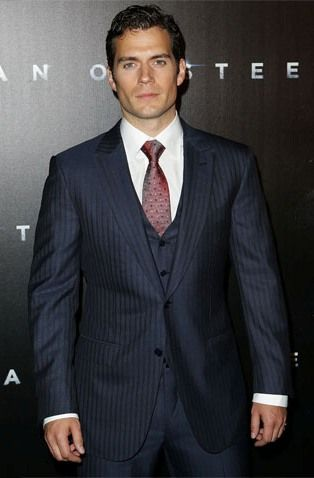 Henry Cavell will escort Lady Kristie to the Christmas Ball, but will love to meet the other Harem Ladies as well.
