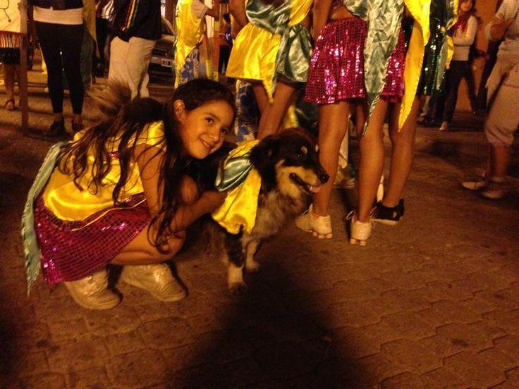 El mejor amigo del hombre, también celebra el #CarnavalFederal2014 #Cosquin #Cordoba #Carnaval #ArgentinaEsTuMundo #Argentina #Viajes #Eventos #Perro #Animales #Cute #Dog   Para más info, entrá a www.facebook.com/viajaportupais