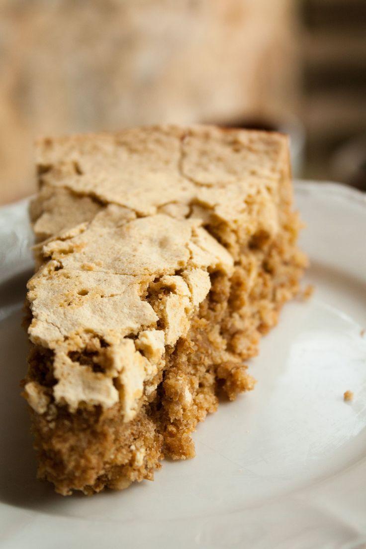 Une jolie recette de gâteau moelleux aux noix, réalisée dans le Périgord avec des noix d'exception cultivées dans la famille!