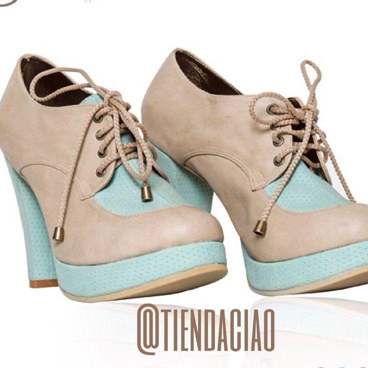 Tacones botin con plataforma... Divinos para salir en este dia medio frio .... Personaliza tu calzado!!
