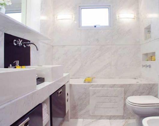 +1000 ideias sobre Chuveiros De Mármore no Pinterest  Banheiro, Ladrilho e P -> Banheiro Com Banheira E Chuveiro Pequeno