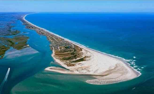 Best beach towns to live - Top Sail #beach