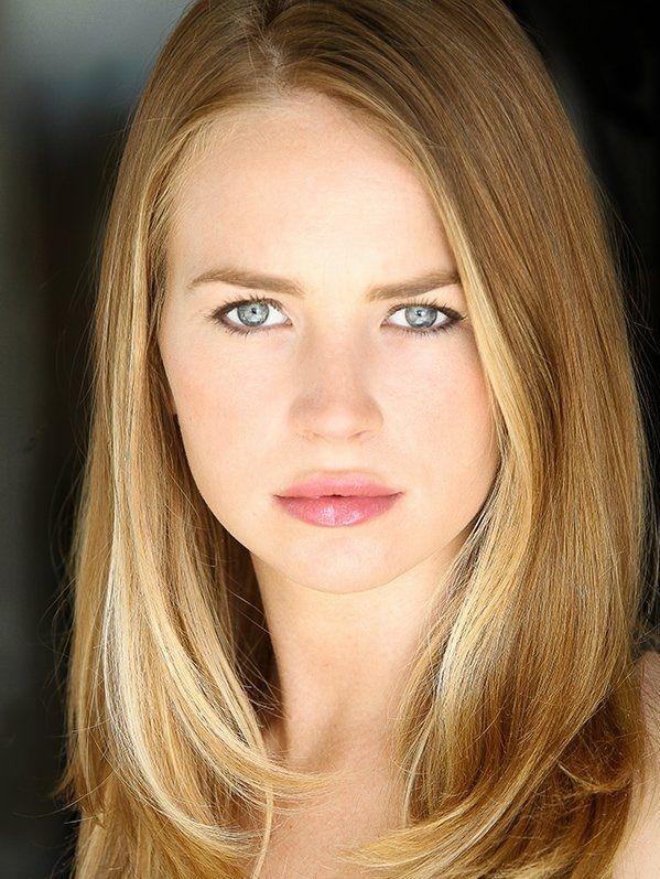 britt robertson | Britt-Robertson-(24) Photo Credit ...