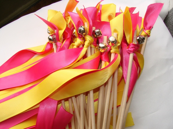 Свадебные палочки с лентами  http://www.discoverwedding.ru/svadebnye-palochki-s-lentami-9195/