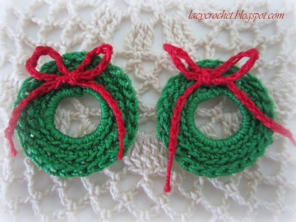 Lacy Crochet: Mini Christmas Wreath Free Pattern---Would make a cute ornament or an embellishment on a Christmas card.