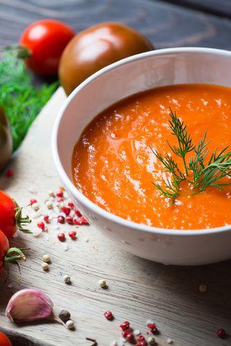 Recette gaspacho traditionnel à la tomate  #recette #gaspacho #soupefroide #tomate