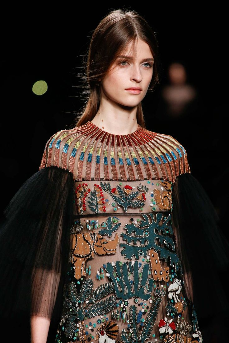 Valentino Autumn/Winter 2015-16 Ready-To-Wear