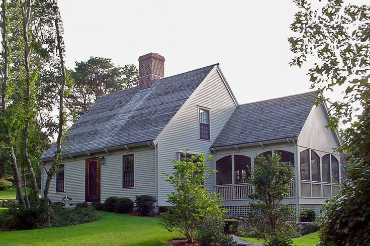 25 best ideas about cape cod exterior on pinterest cape for Simple cape cod house plans