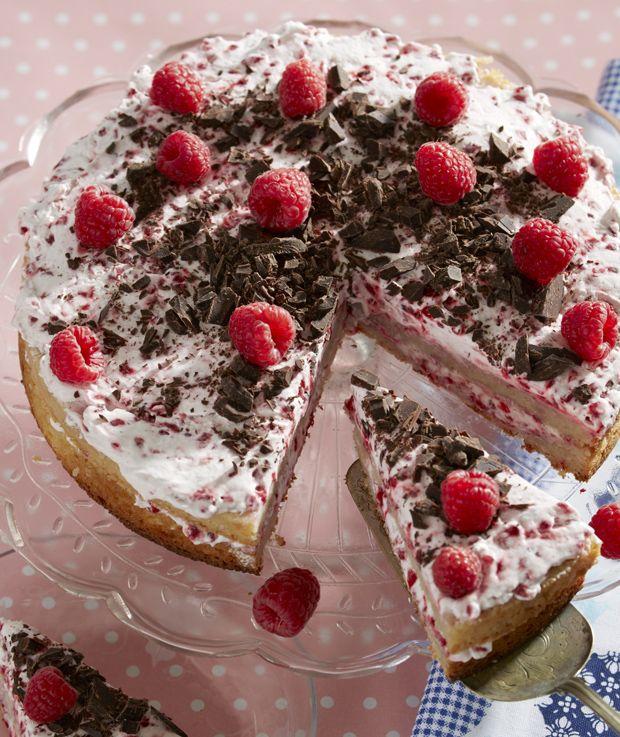 Ingen fødselsdag eller anden festlig lejlighed uden lagkage - også selvom du ikke spiser gluten. Her får du opskriften på en lækker glutenfri lagkage, som vil vække ren hindbærlykke hos alle!
