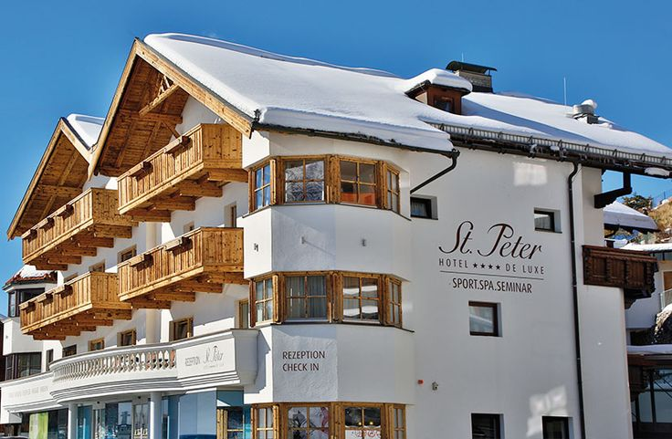 High up in the mountains, dive into your dreams! Right in the center of the Olympic region Seefeld. A 5-minute walk from the Gschwandtkopf Ski Area and Seefeld's pedestrian zone, the St. Peter Hotel & Chalets de luxe offers spacious rooms, a large spa area with an indoor pool, free WiFi, and free parking. Cross-country ski runs are right outside.