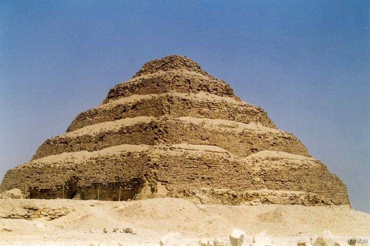 AS PIRÂMIDES DO EGITO, MARAVILHAS DA HUMANIDADE