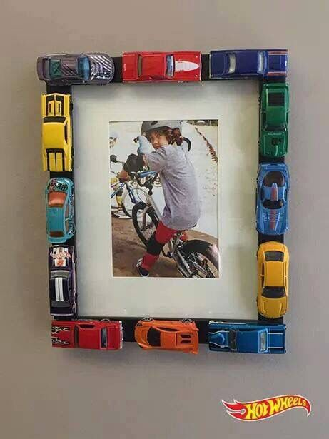 Great idea!! Hot wheels cars picture frame #hotwheels #pictureframe #diy