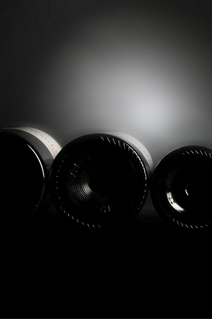 Il existe une astuce pour mémoriser les tailles de bouteilles dans l'ordre croissant de contenance : « Car de bon matin je remarquais mal sa banalité naturelle » (Quart / Demi / Bouteille / Magnum / Jéroboam / Réhoboram / Mathusalem / Salmanazar / Balthazar / Nabuchodonosor). Découvrez tous nos grands formats sur notre site millesima.fr #GrandFormat #Millesima #VinsMillesima  (© Photo : Millésima)