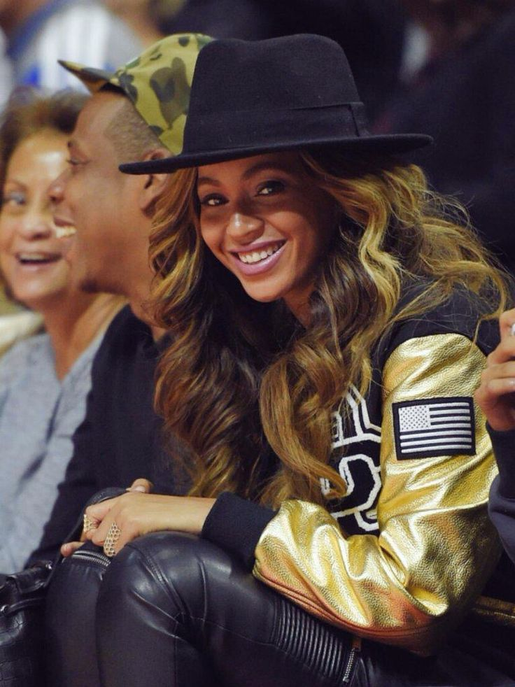 Beyoncé & Jay Z at The Los Angeles Clippers Game (Jan. 16th, 2015)