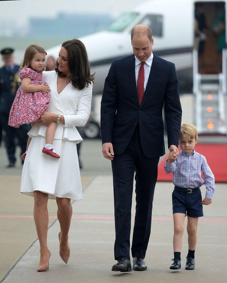 Los zapatos 'reciclados' de la princesa Carlota: los llevó su tío Harry en el año 1986.