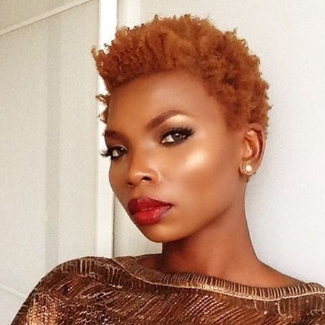 We're lovin' that all bronzed look!@openbeauty1 #curlkit #naturalhair…
