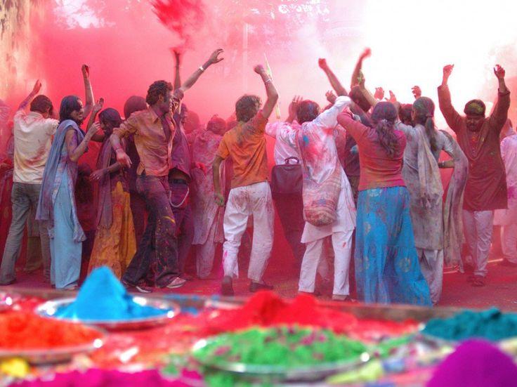 Festivals légendaires dans le monde à voir et faire dans votre vie