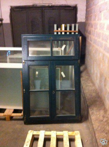 Kanon fönster med 3 glas, vädringsöppning högst upp. 3 st 1070*1600 8 st 1070*1760