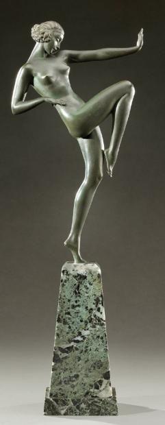 Art Deco bronze figure by Pierre le Faguays, France c. 1930
