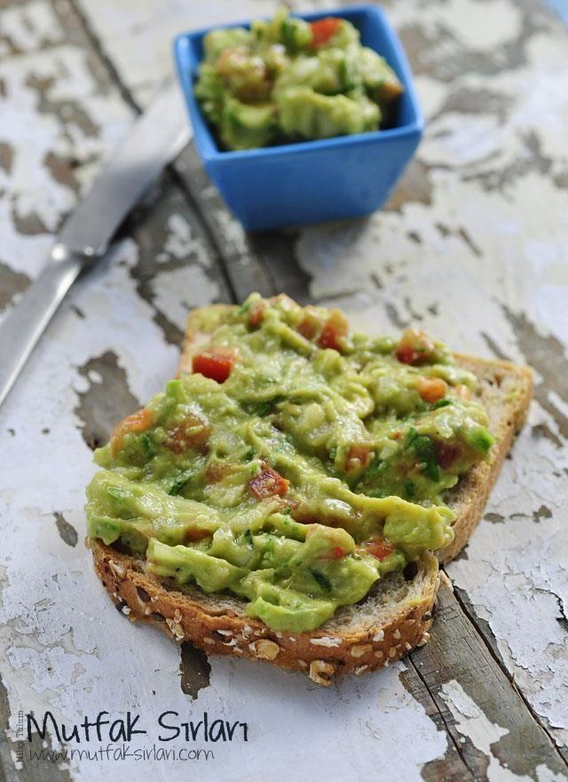 Guacamole – Avokado Sos nasıl yapılır ? Ayrıca size fikir verecek 10 yorum var. Tarifin püf noktaları, binlerce yemek tarifi ve daha fazlası...