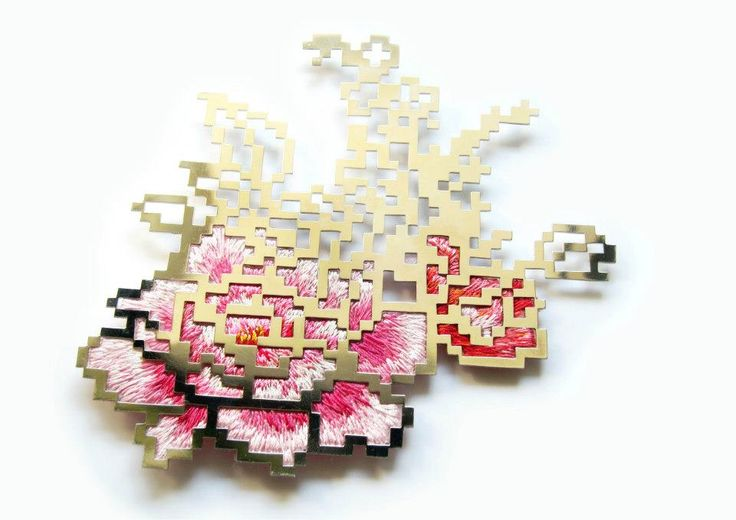 [Heng Lee] : Floral Embroidery- Pixel 3.5, brooch(2011) / Nickel silver plated with platinum, tread, silk organza