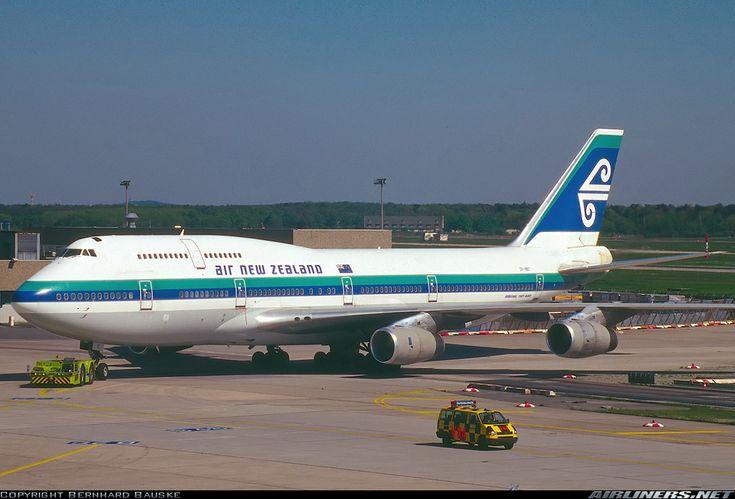 Air New Zealand ZK-NBT Boeing 747-419.