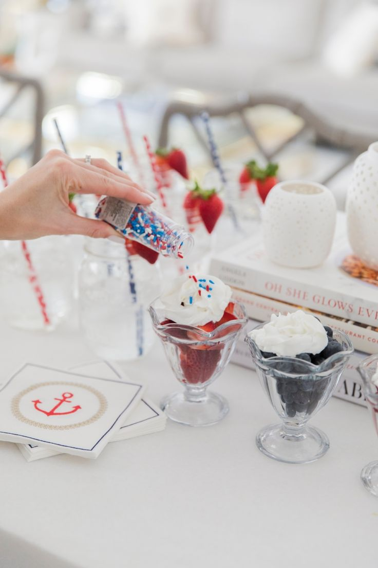 Best of Red White & Blue: Fourth of July Inspiration - Fashionable Hostess | Fashionable Hostess