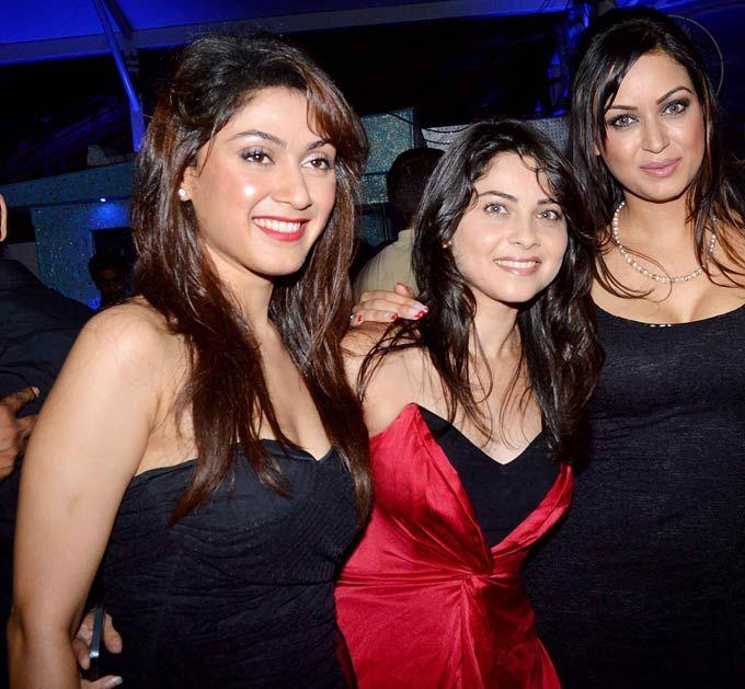 Manjari Fadnis, Sonalee Kulkarni and Maryam Zakaria at the 'Grand Masti' success bash. #Bollywood #Fashion #Style