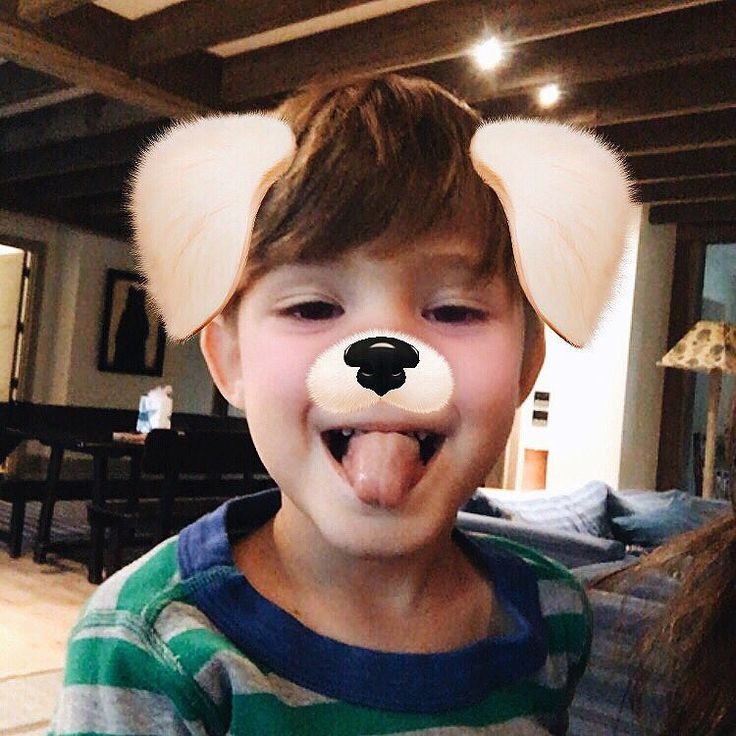 Genevieve PadaleckiVerified account @realGpad Note to self: keep your son close, but your iPhone closer (Shep gave us all a new look ) #SundayFunday