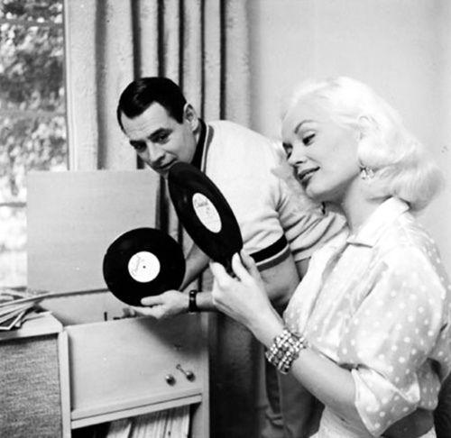 Mamie van Doren 1957  jj