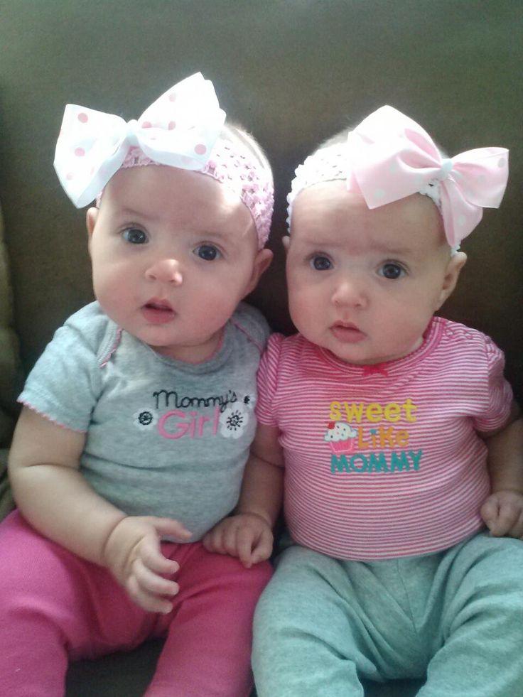 Identical twins r r