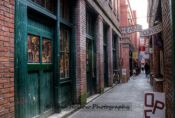 China Town - Victoria  Fan Tan Alley  http://www.heartscontentvictoria.ca/