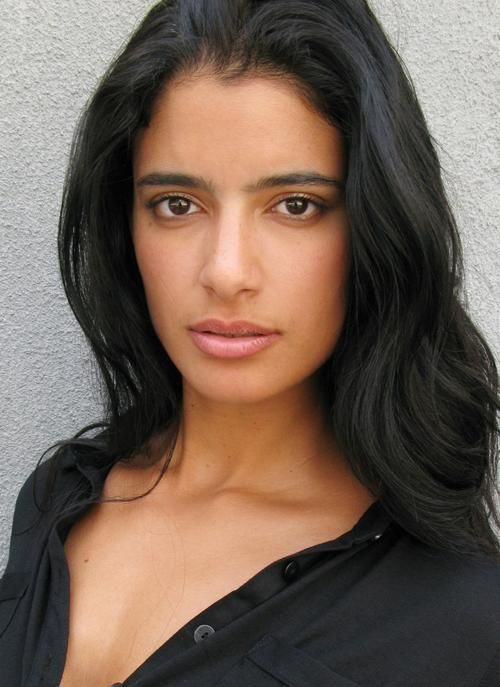 Jessica Clark - the utterly lovely Lilith - Irish, Nigerian & Indian is apparently the recipe for DAMN (yes that is a recognized category of sexy) and that's all before she opens her mouth and speaks ...so beyond not fair