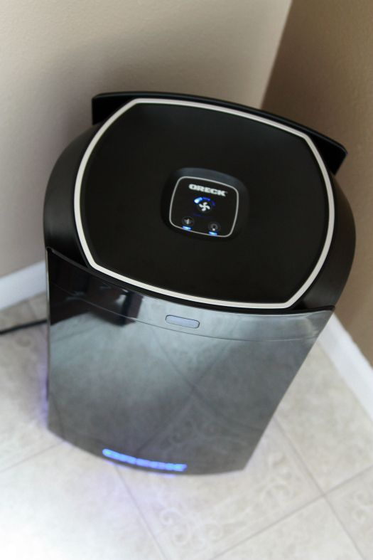 The simple design of the DualMax air purifier makes it easy to understand.