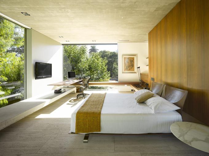 """L House"" by architect Mathias Klotz"
