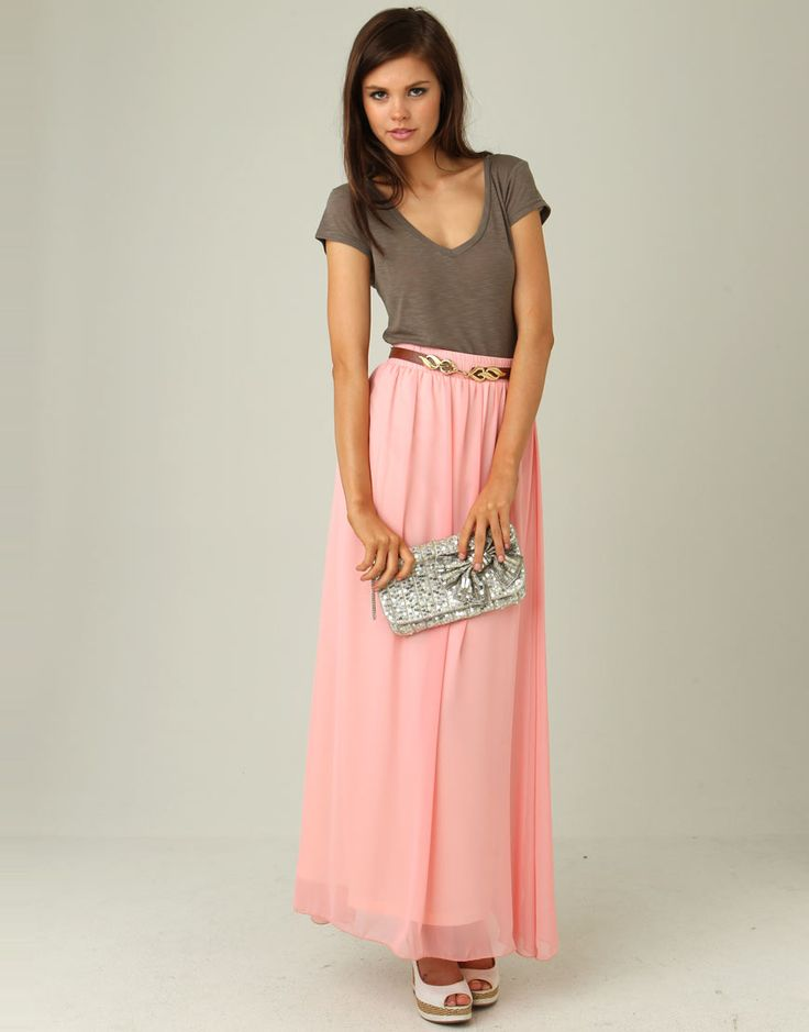 Blush pink chiffon maxi skirt with taupe v-neck tee shirt, tan belt and - 62 Best How To Wear A Maxi Skirt Images On Pinterest Long Skirts