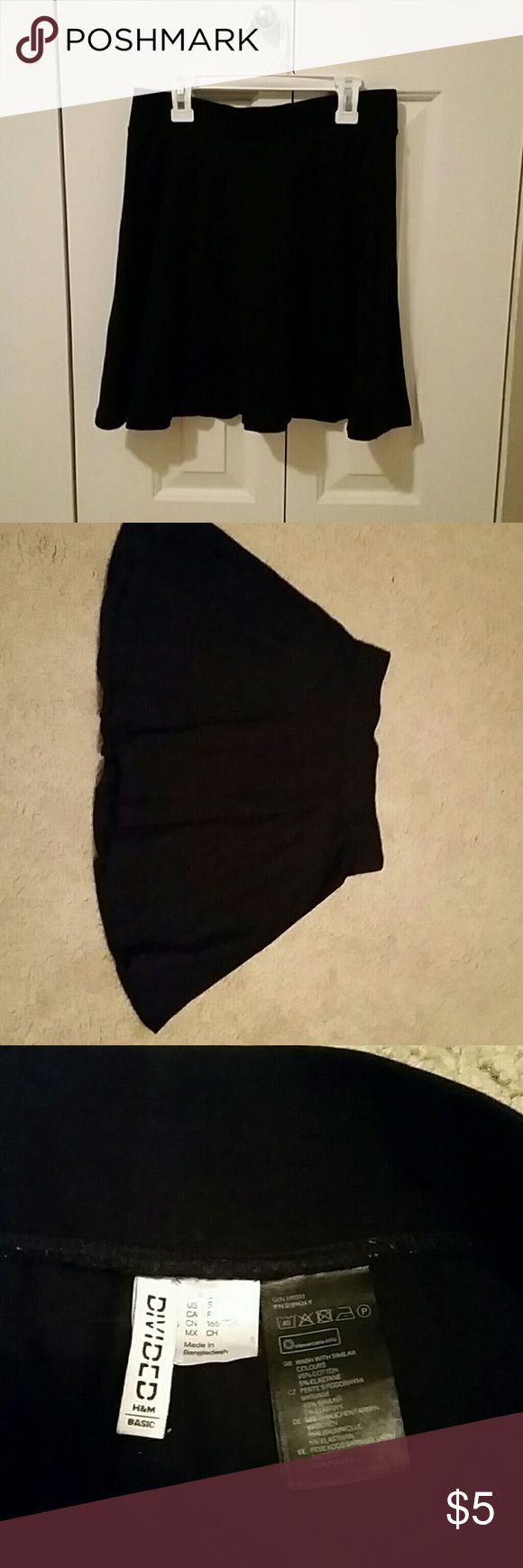Black Circle Skirt Simple black circle skirt by H&M. Good condition. H&M Skirts Circle & Skater