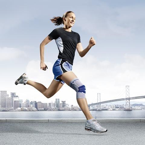Best knee braces for running. http://thebestkneebraces.com/best-knee-braces-for-running/