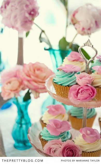 Pink & Turquoise Tea Party    The Pretty Blog
