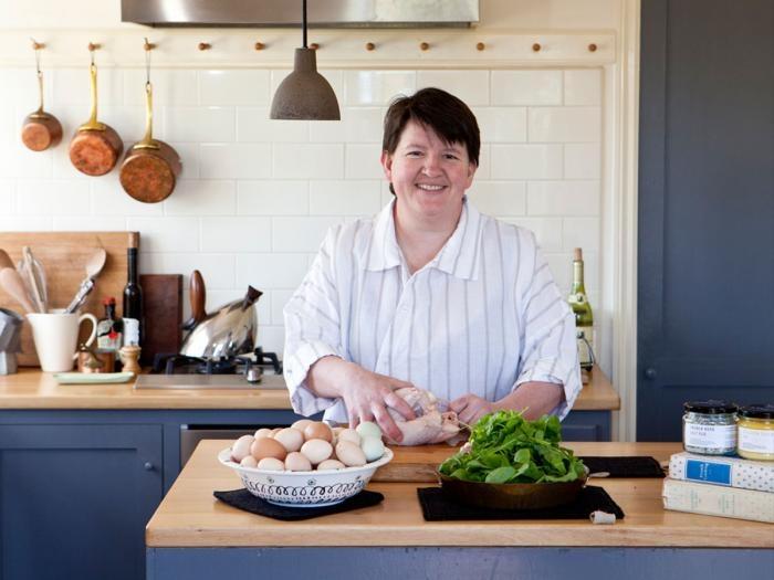 shaker & clean/modern combination in Annie Smithers' kitchen