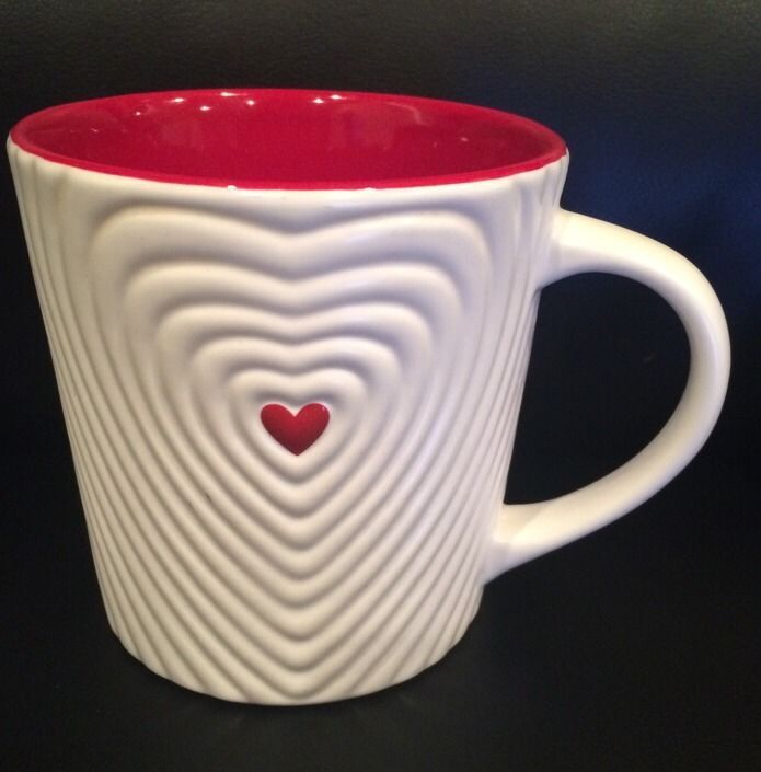 Starbucks Coffee Cup Valentines Day Heart Mug Rippled Red White 16 Oz 2008